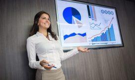 business-woman-making-a-presentation-491347858-5a5e7742ec2f640037638517