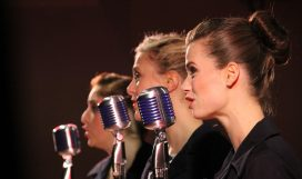 singers-843199_1280
